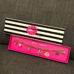 BNWT - Betsey Johnson Beachy Bracelet